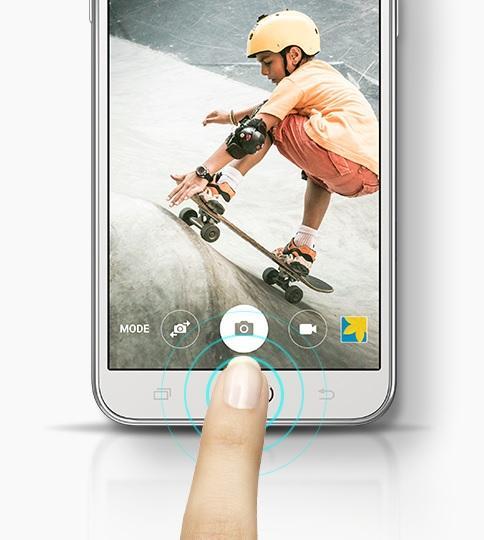 Samsung Galaxy J5 ima hitri gumb za priklic fotoaparata