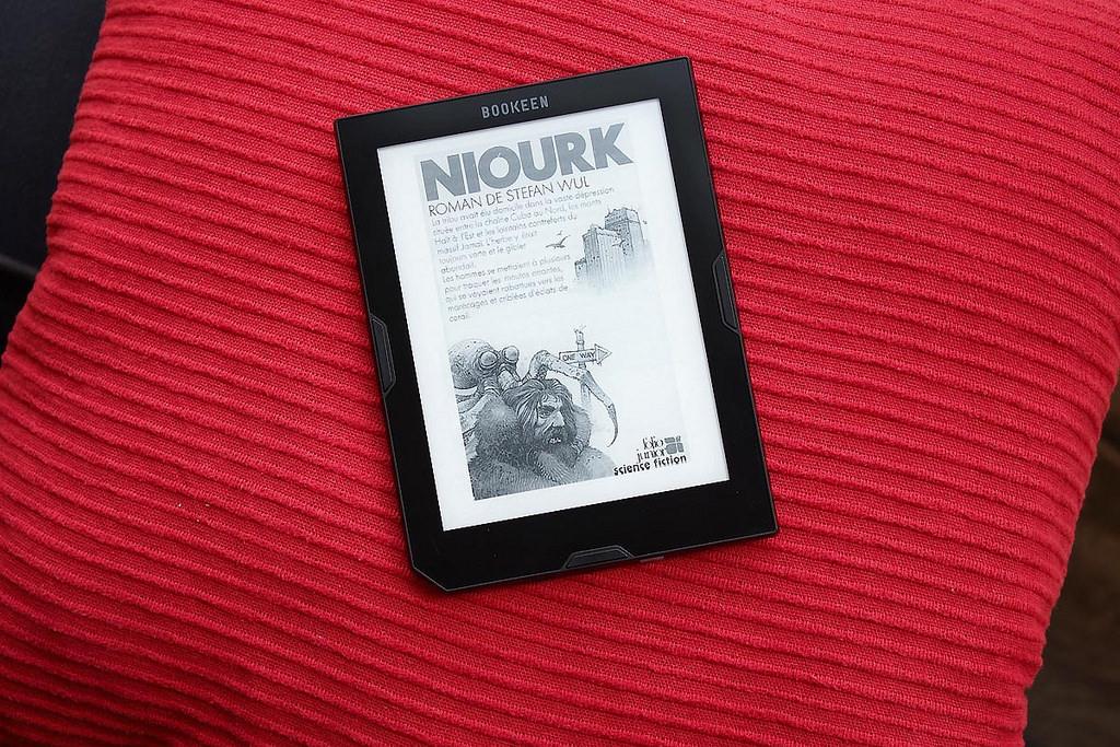 Novo pri nas: Najcenejši Bookeen Cybook Essential
