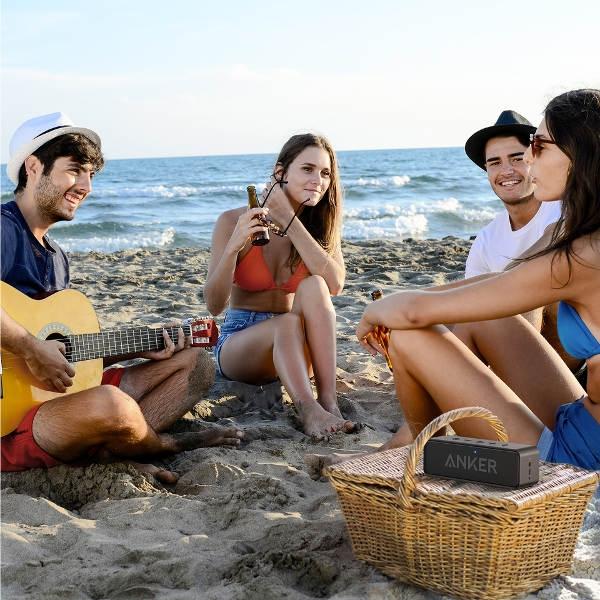 Zvočnik Anker SoundCore Select lahko vzamete s seboj na plažo ali na zabavo