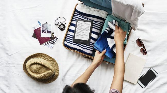 Kobo Clara ima majhno ohišje, kar pomeni da v torbici zavzame manj prostora.