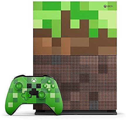 Komplet Microsoft igralna konzola Xbox One S 1TB + igra Minecraft